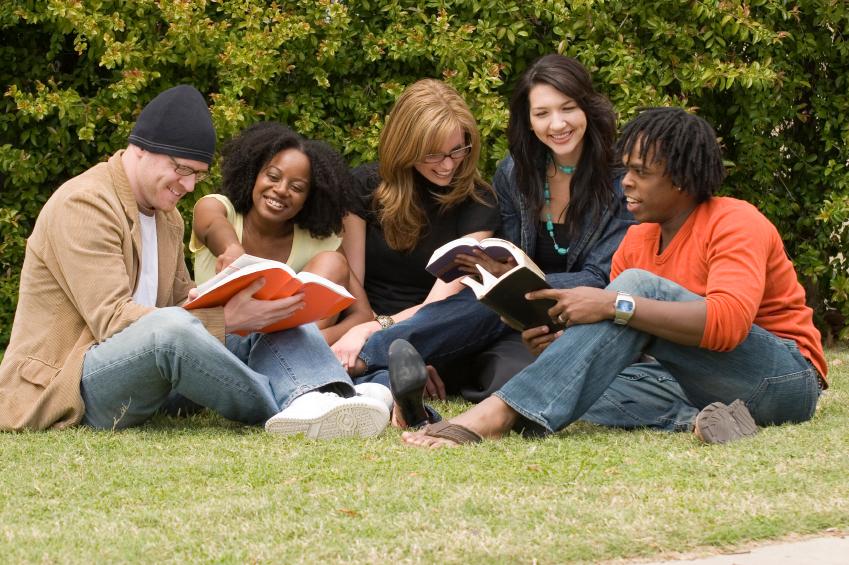 Bible-Reading-Group-Photo.jpg